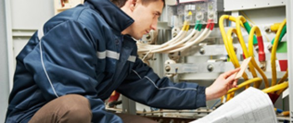 Stellenanzeige: Elektro-Installateur-Meister